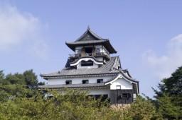inuyama-castle-41-640x426