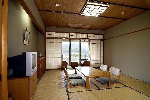 客室和室10畳